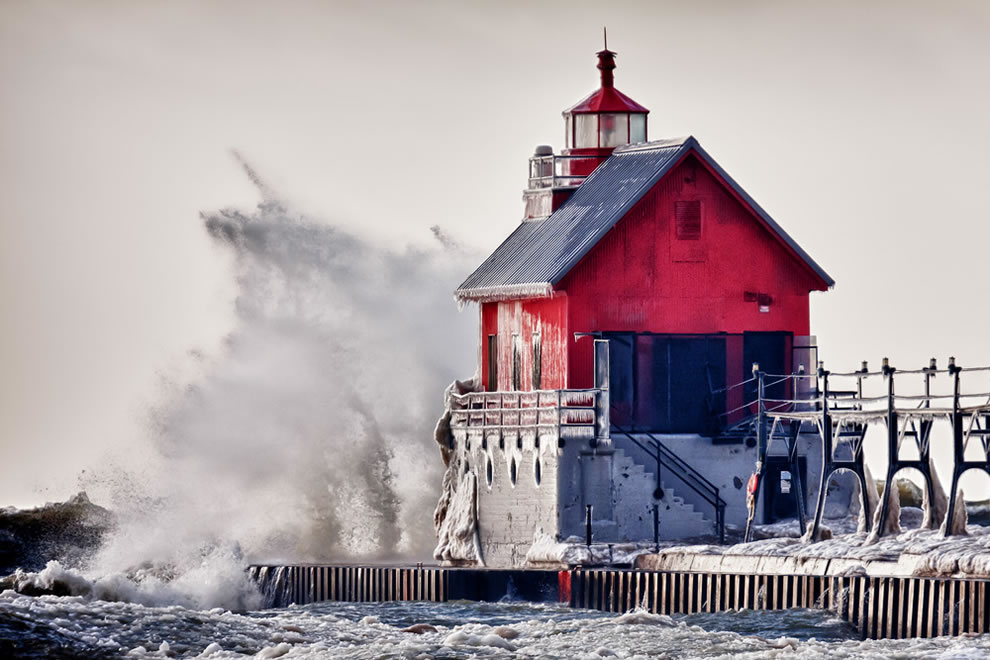Winter Rage Grand Haven Pier Light