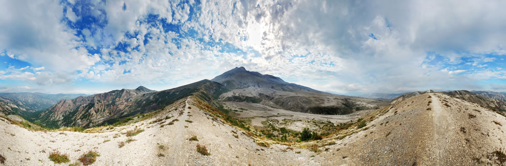 360° panorama of Mount Saint Helens from 4,100 feet on the North-Eastern slope near the summit of Alpine Butte. Mount Adams is visible on the left side