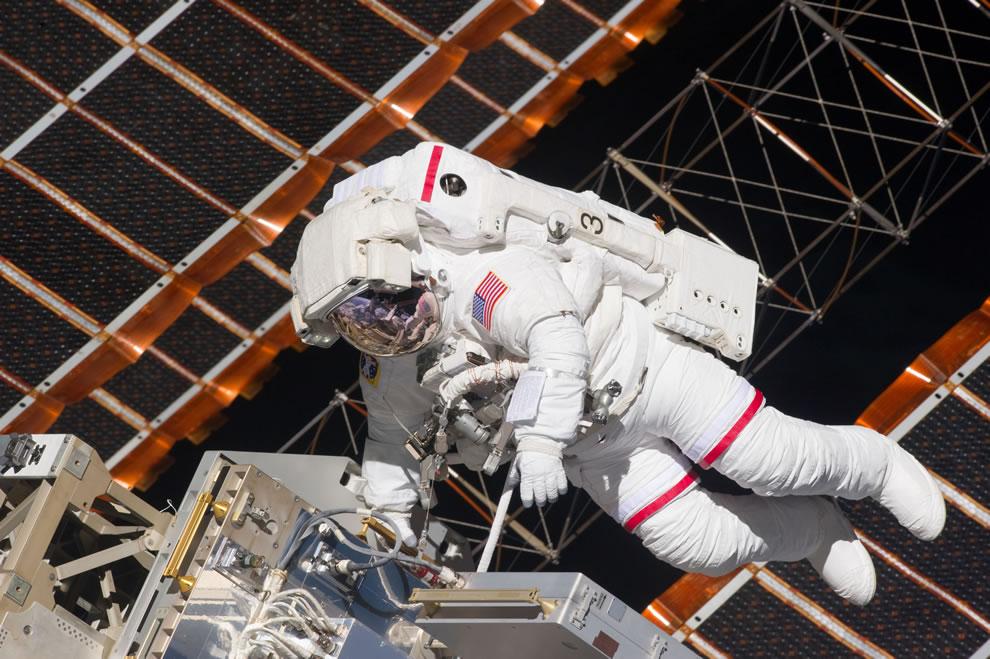 NASA astronaut Andrew Feustel Day 5 - May 20