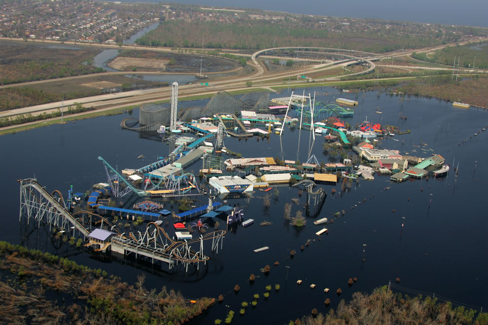 New Orleans, LA, Sept. 14, 2005 -- Six Flags Over Louisiana remains submerged two weeks after Hurricane Katrina caused levees to fail in New Orleans