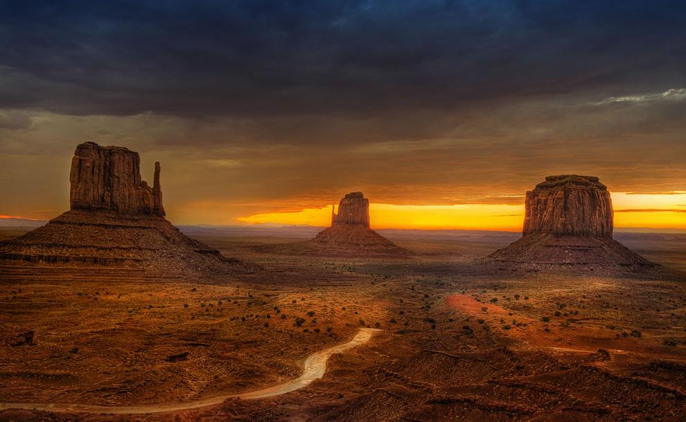 Skyline Monument Valley