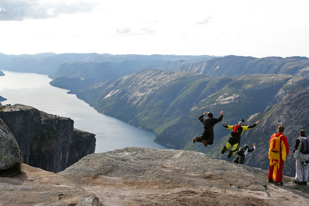 Kjerag BASE jumping - Norway
