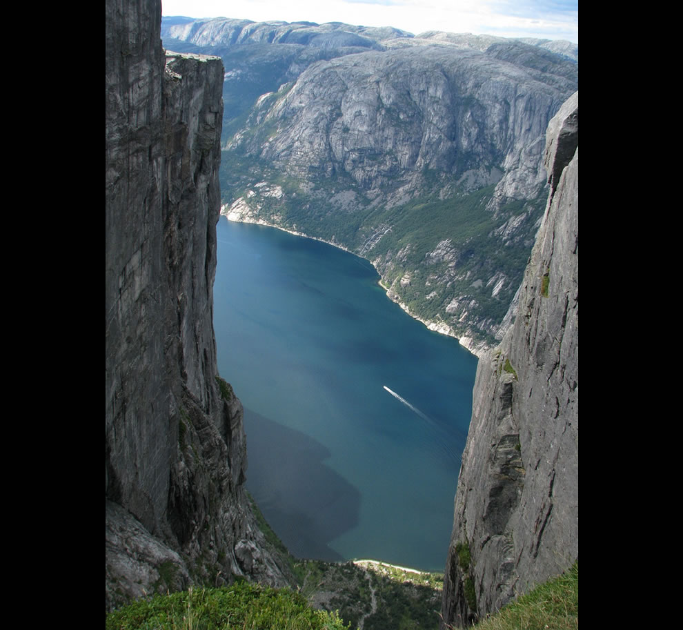 Kjerag probably don't want to fall without a wingsuit on