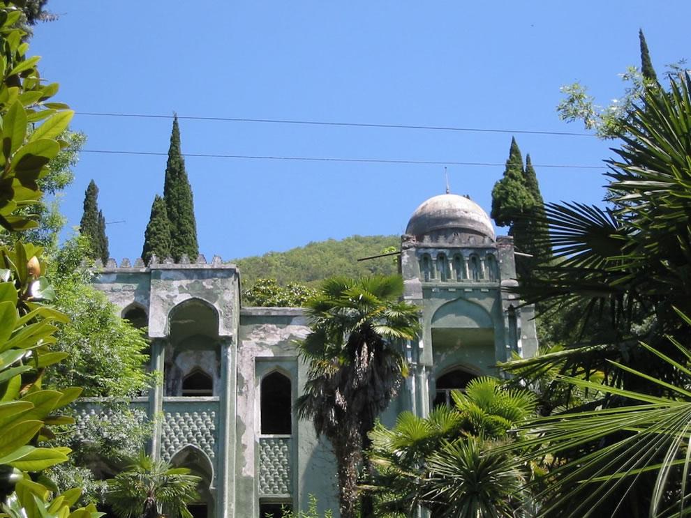 Old Gagra - houses in Gagra, Abkhazia