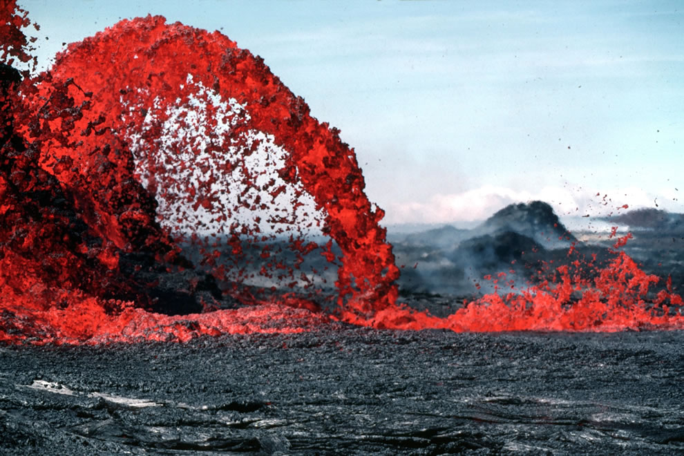 Arching fountain of a Pahoehoe approximately 10 m high