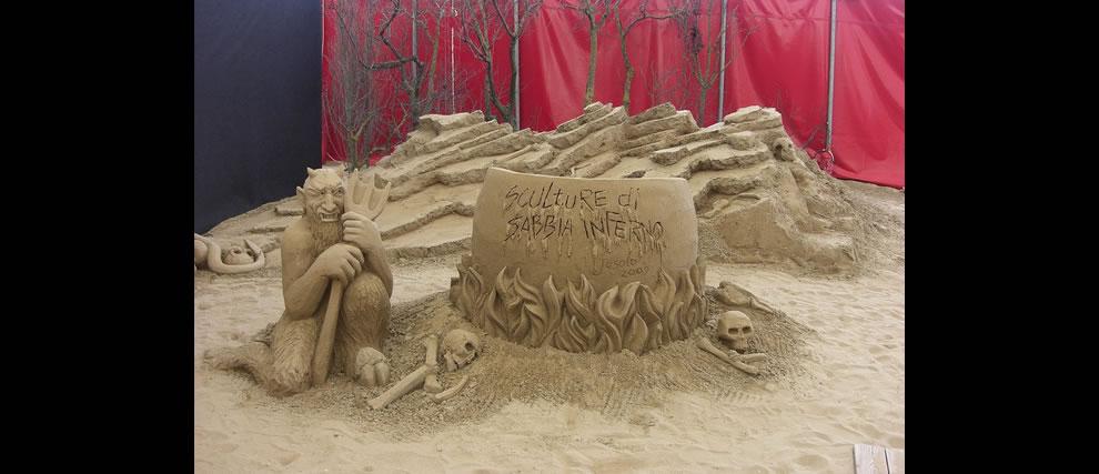 Dante's Hell Circle 8 sand sculpture