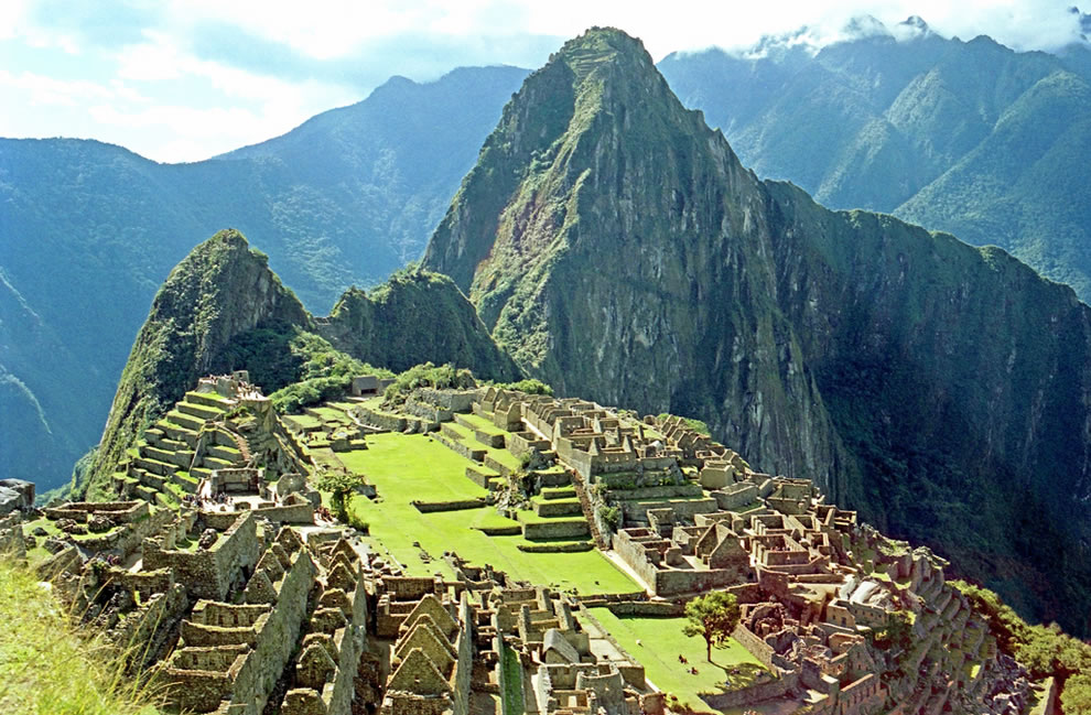 Green as if still alive, ruins of Machu Picchu