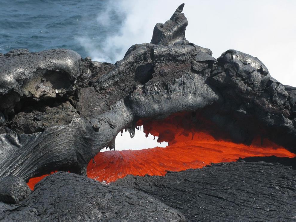 Kilauea lava flowing into ocean