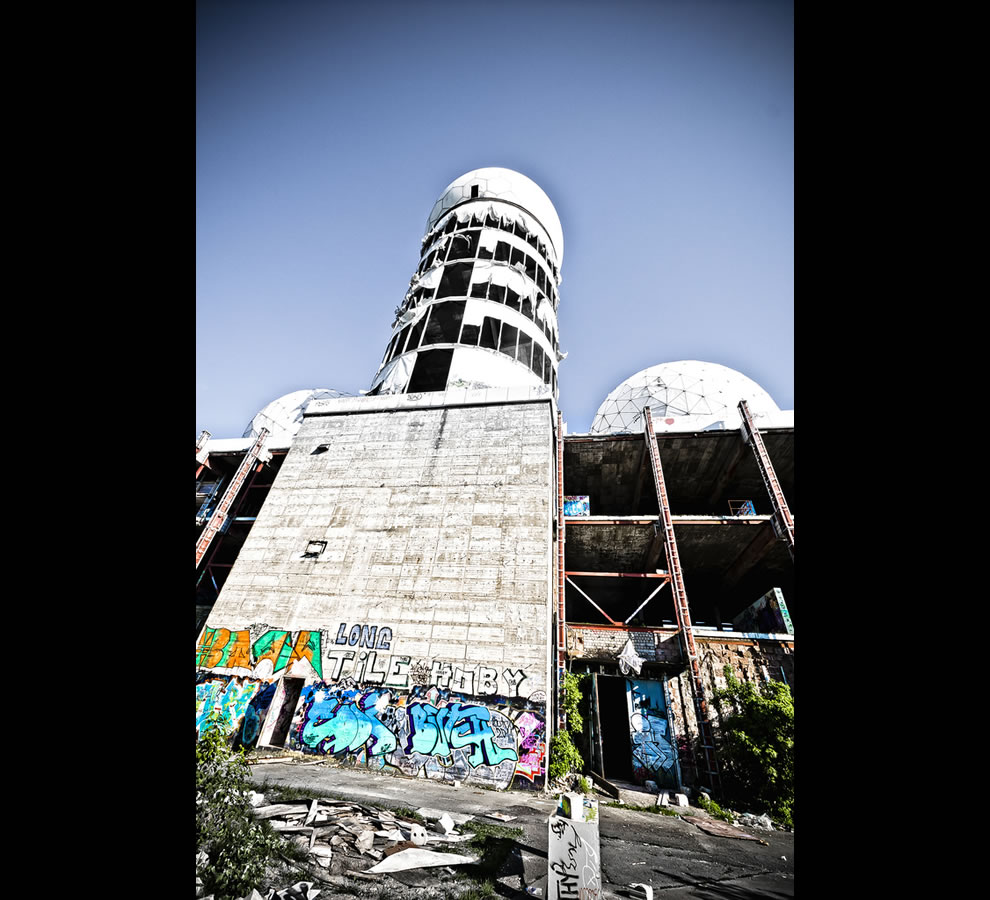 Looking up at Teufelsberg 2011, abandoned NSA listening station on Devil's Mountain