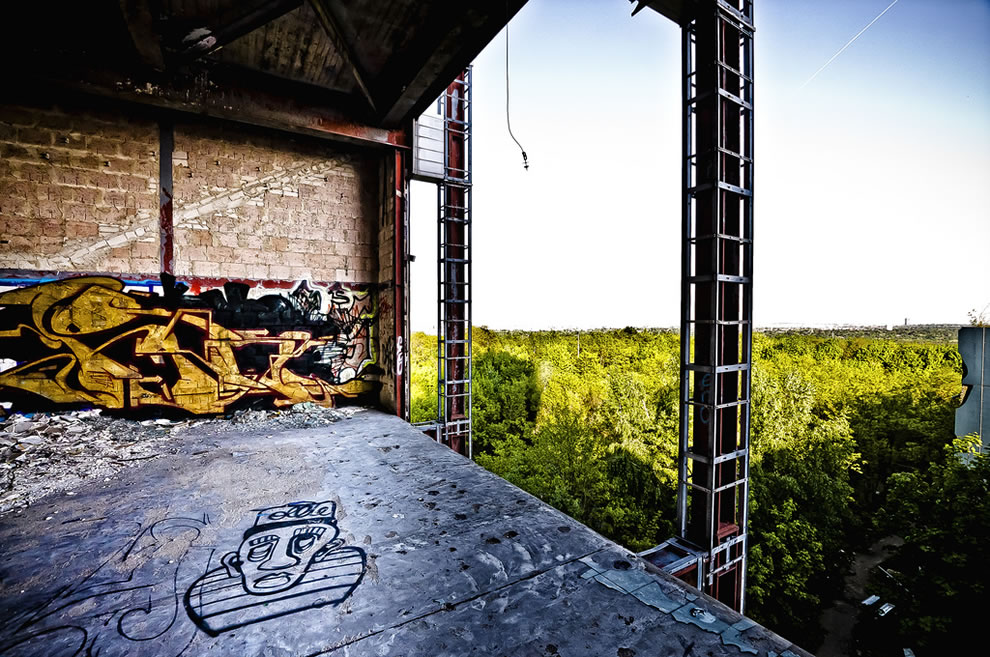 NSA Teufelsberg Graffit and a view