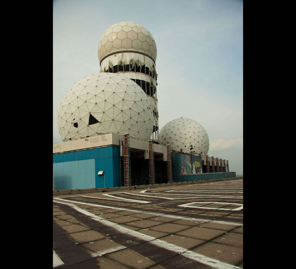 abandoned NSA listening station on top of the Teufelsberg, Germany