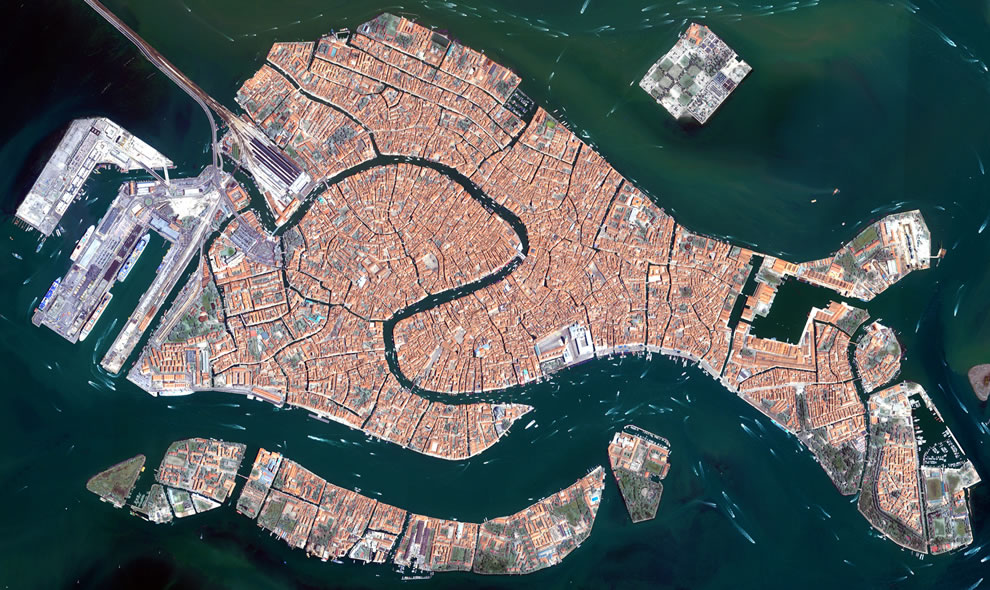 Floating city - The islands that make up the Italian city of Venice and the surrounding Venetian Lagoon