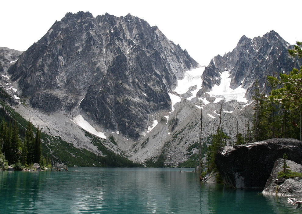 Lake Colchuck and Dragontail Mountain