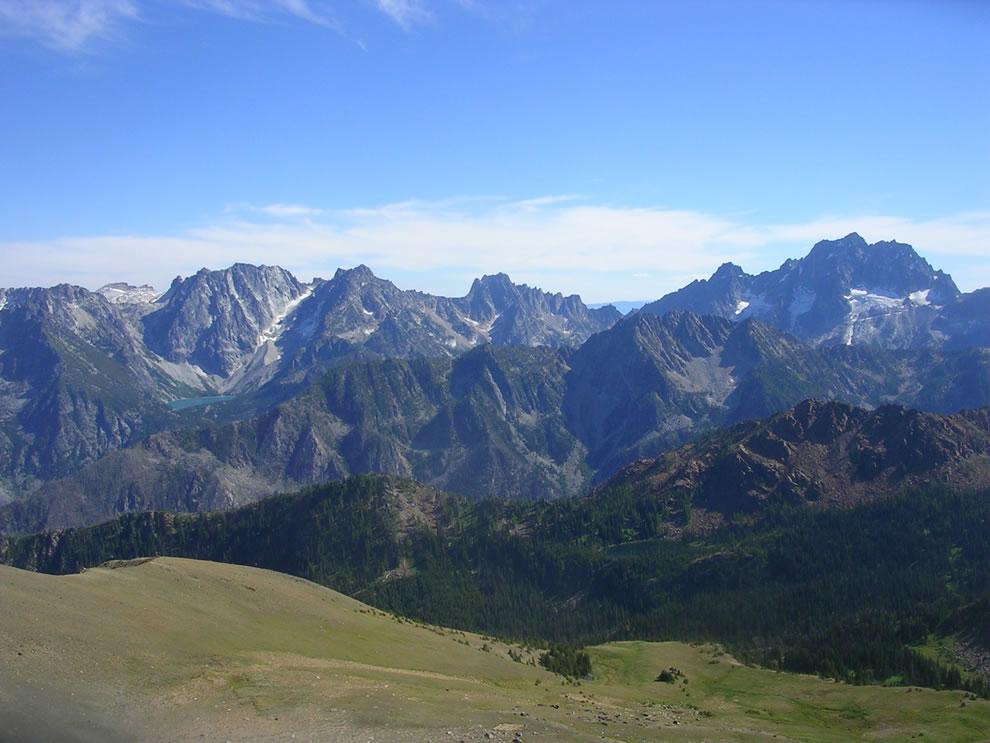 The Stuart Range from Cashmere Peak