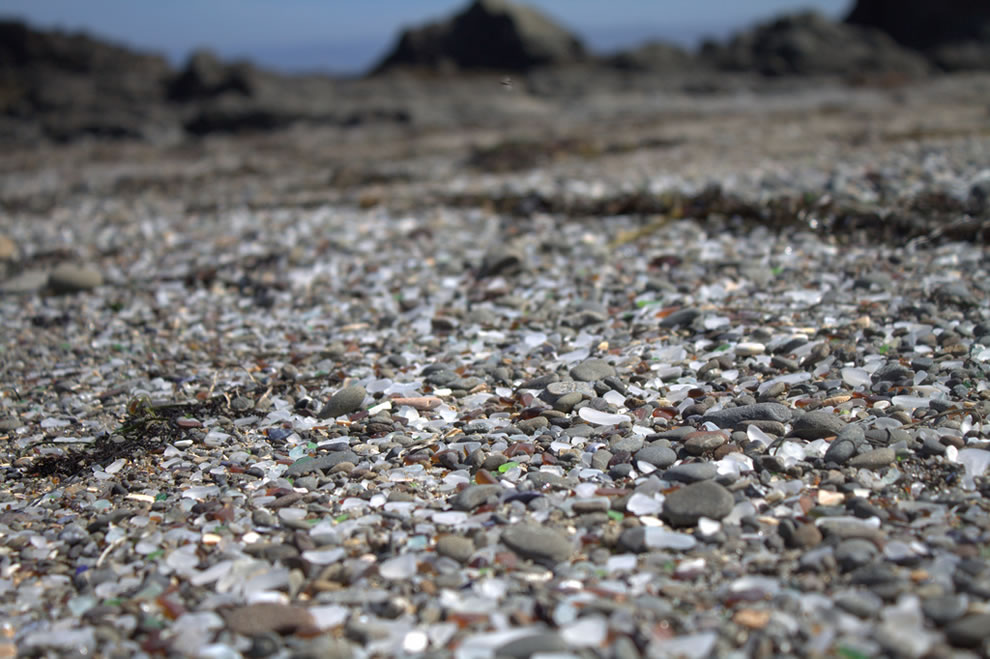 glass beach rocks