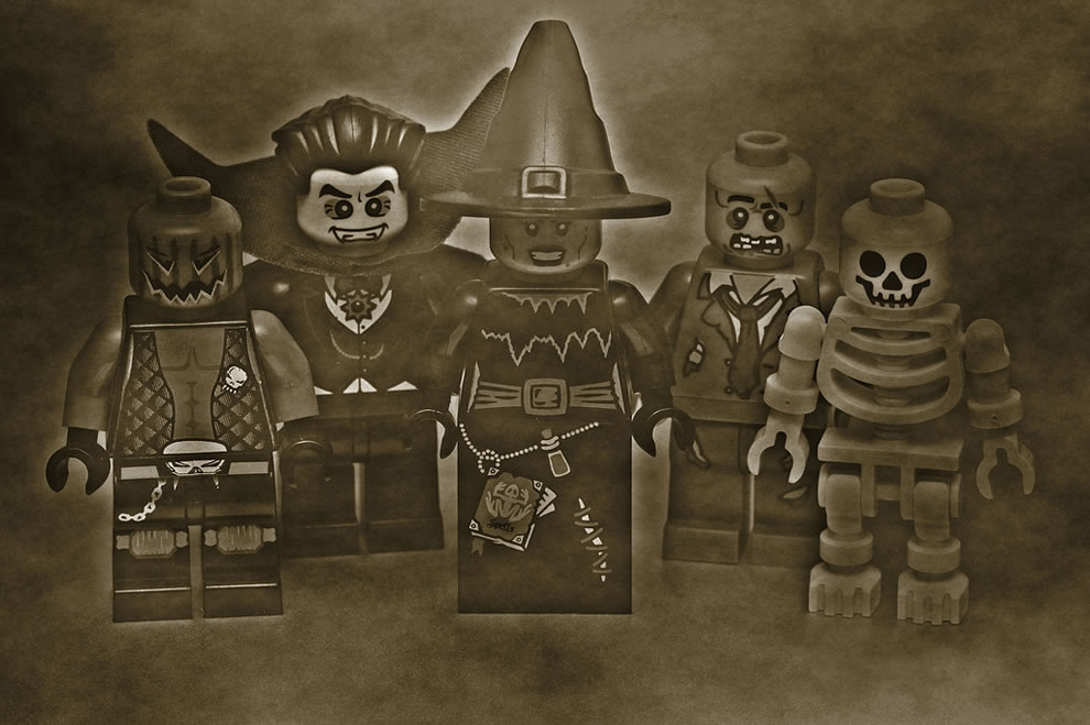 Haunted Legos Welcome to Spookytown, population 5