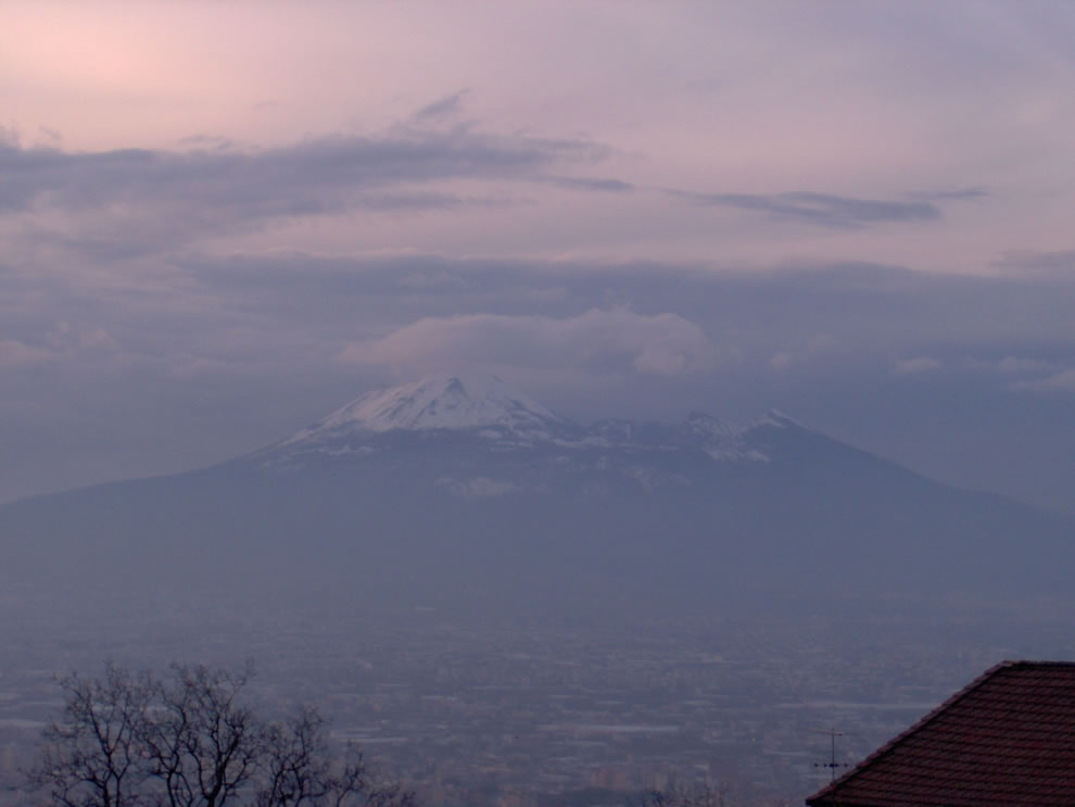 Vesuvius under snow