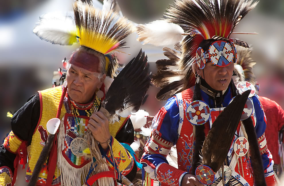 '2 Braves dancing at the Stanford Pow Wow'