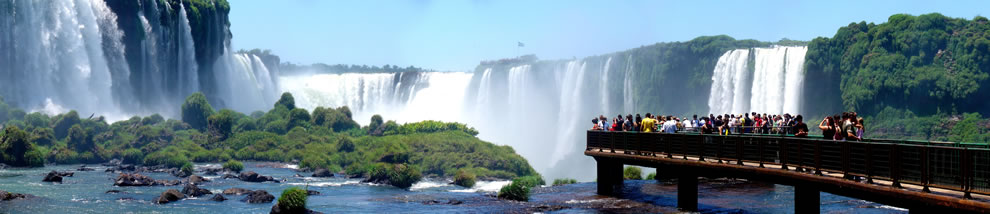 December - Walkway on brasilian side of Iguazu falls