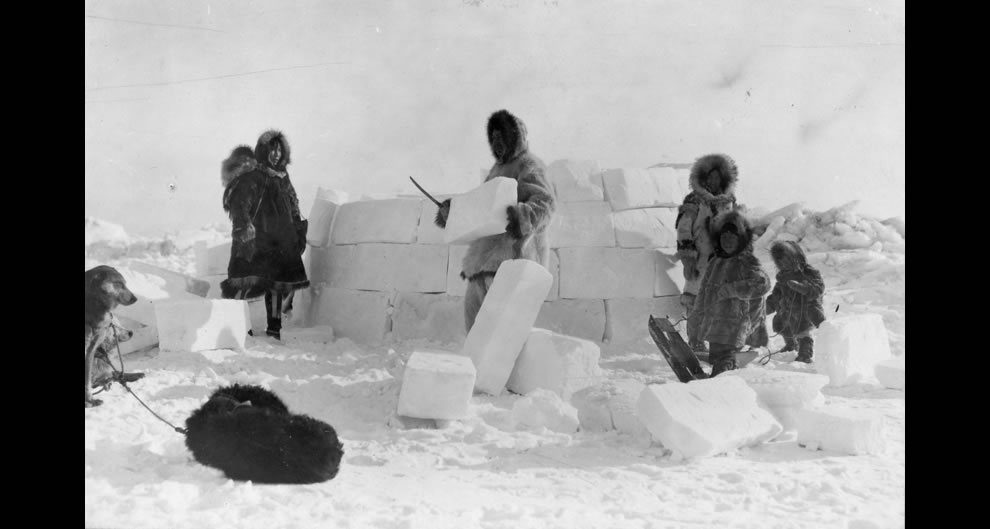 Building an Eskimo igloo 1924 North Pole region