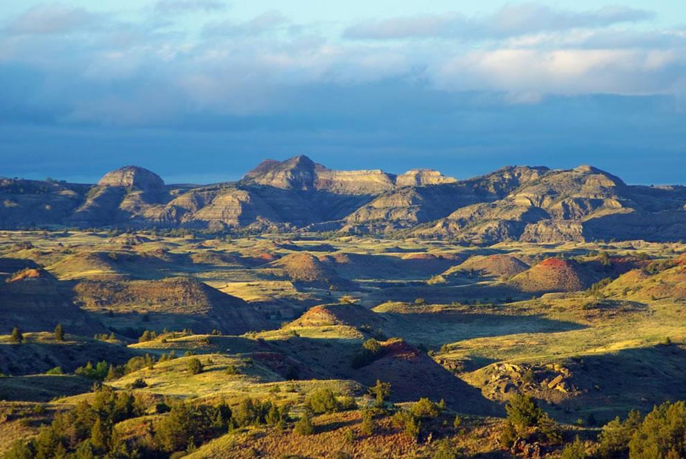 North Dakota Badlands Overlook -- Theodore Roosevelt National Park
