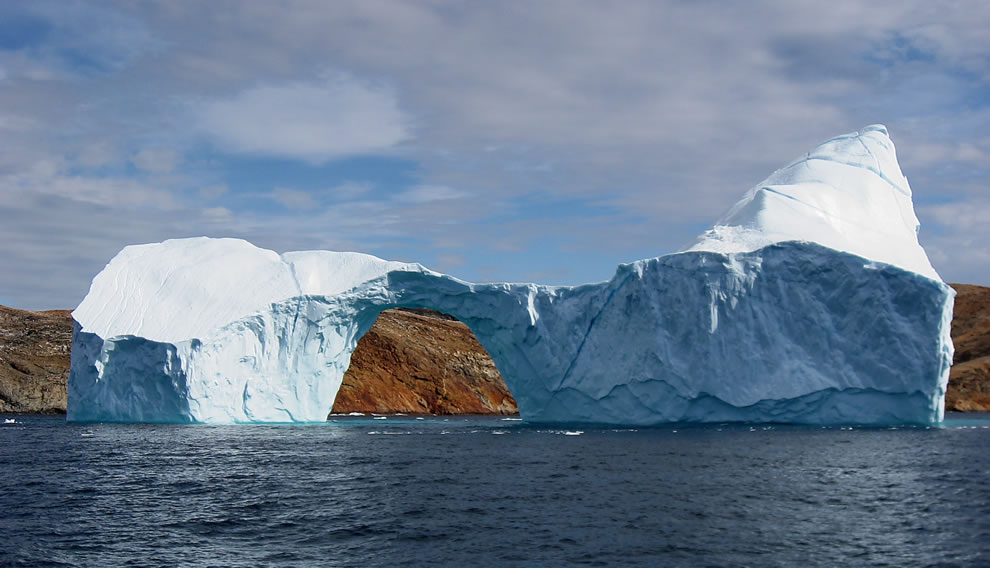 Iceberg between Langø and Sanderson Hope, south of Upernavik, Greenland