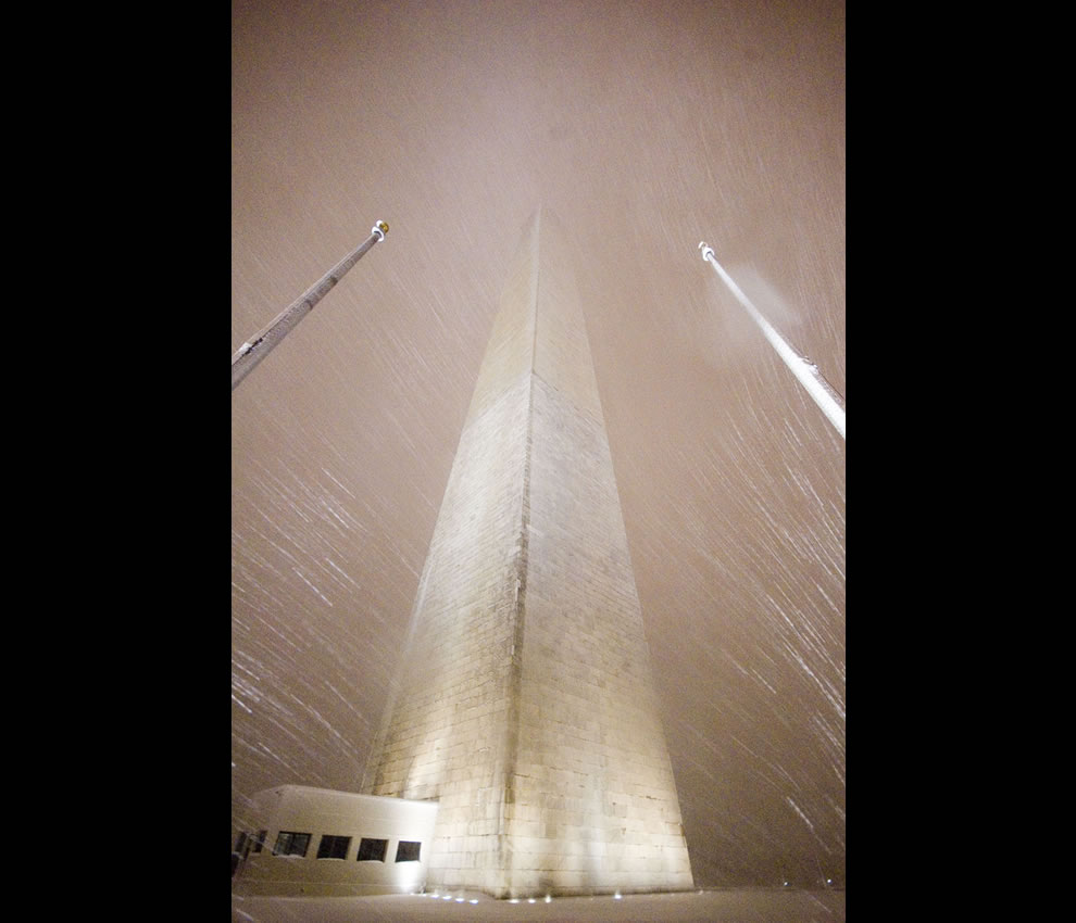 Not a soul in sight at snowy Washington Monument