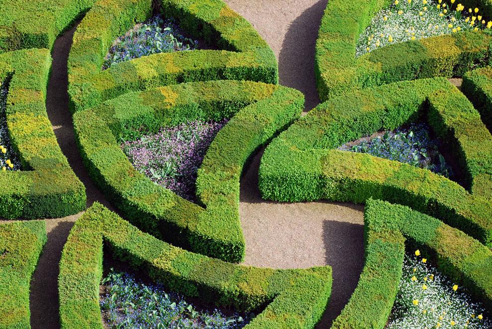 Passionate Love Garden, Château vue sur le jardin d'Amour
