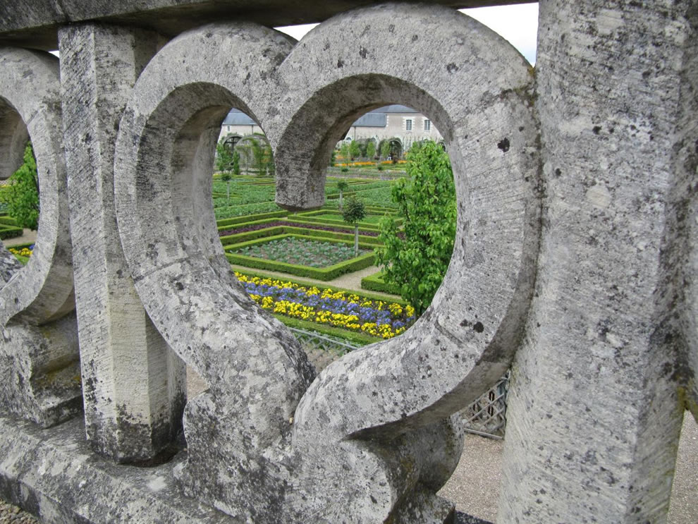 heart at garden of love -- Villandry