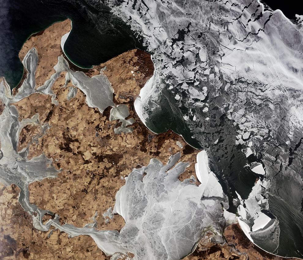 Black icy Baltic Sea - Rugen, Germany