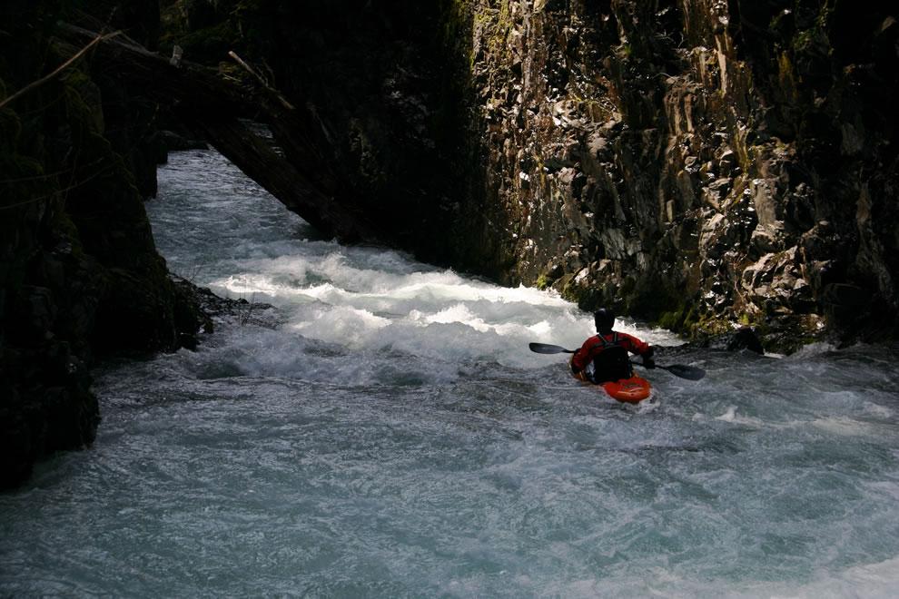 Kayaker paddling Dragon's Back on the East Fork Lewis River, Washington, USA