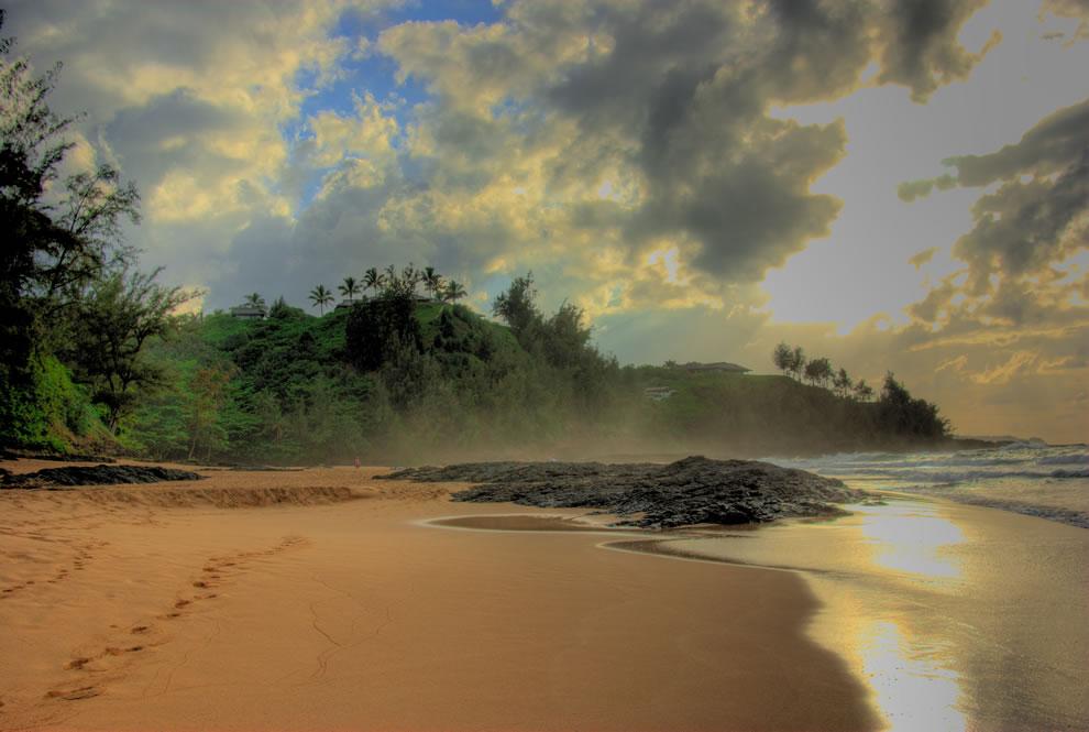 Secret Na Pali Beach HDR