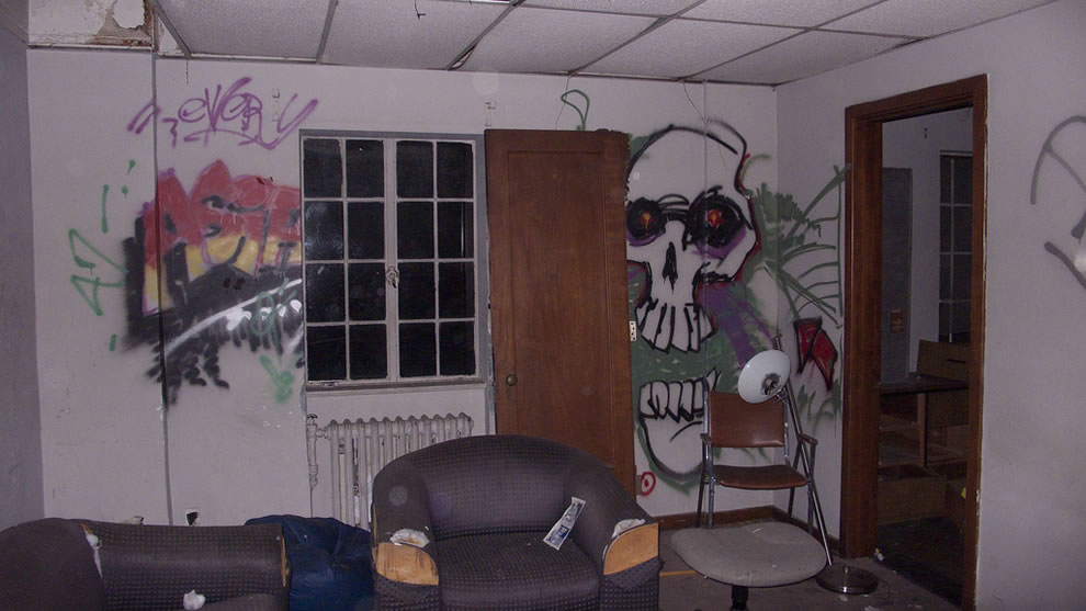 Graffiti at haunted and abandoned Linda Vista Hospital
