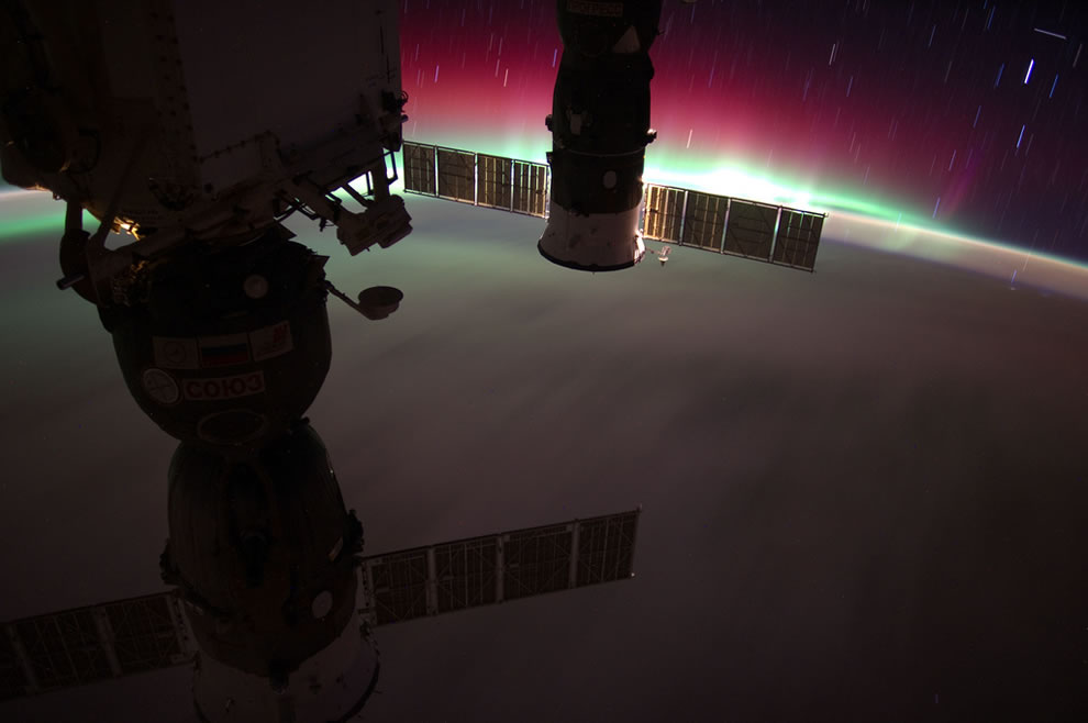 Aurora Australis, South Pacific, New Zealand from ISS