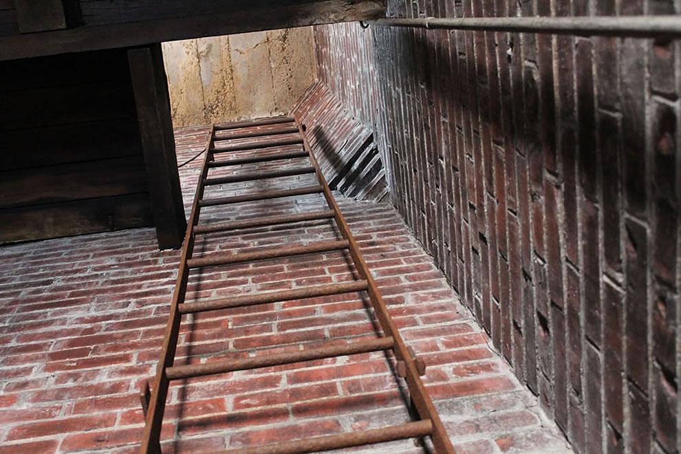 Going up abandoned Emge Foods demolition in progress