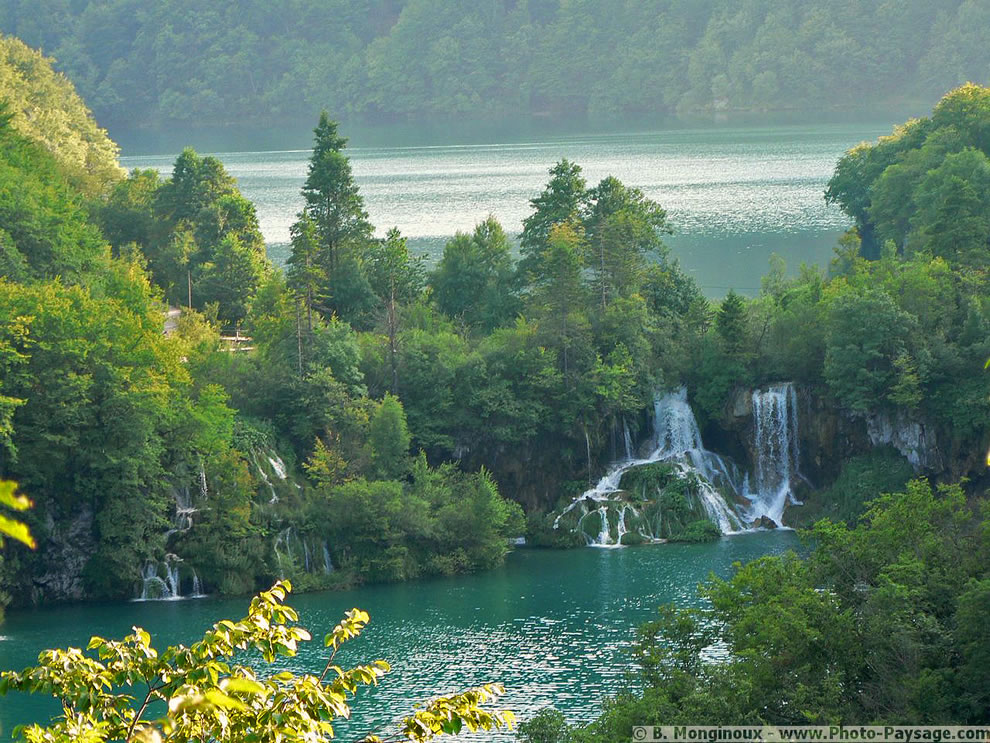 Nature - lake, river and waterfalls at Plitvice Croatia