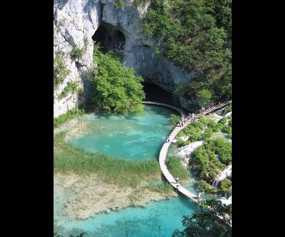 The cave and walkways at Plitvicka National Park, Croatia