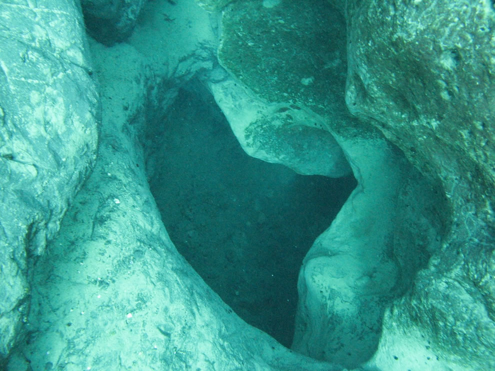 Vortex Springs -- would you dive into that hole