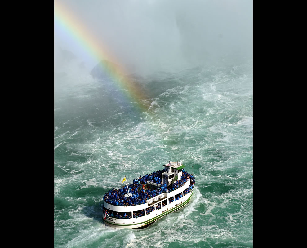 One of the Maid of the Mist tour boats approaching the Horseshoe Falls on the Canadian side of Niagara Falls