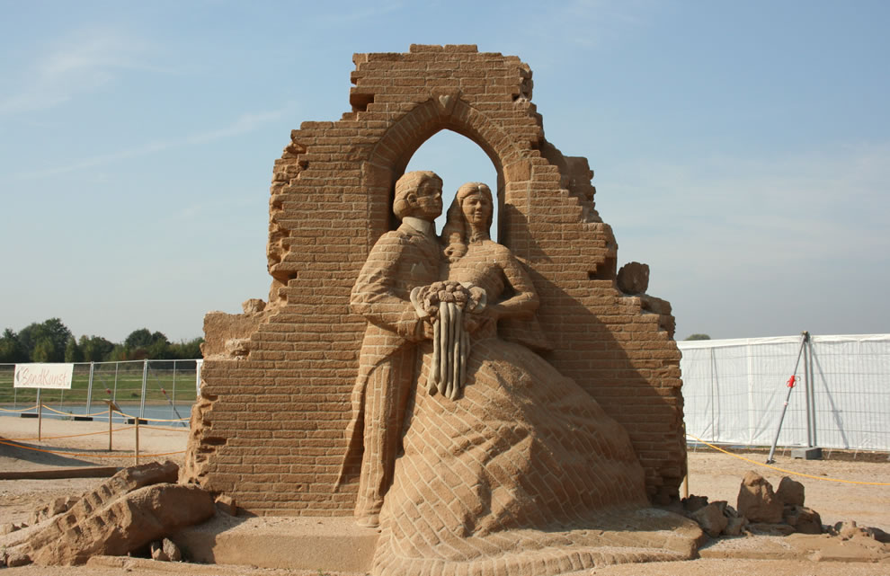 just married, sand looks like bricks, sand castle sculpting