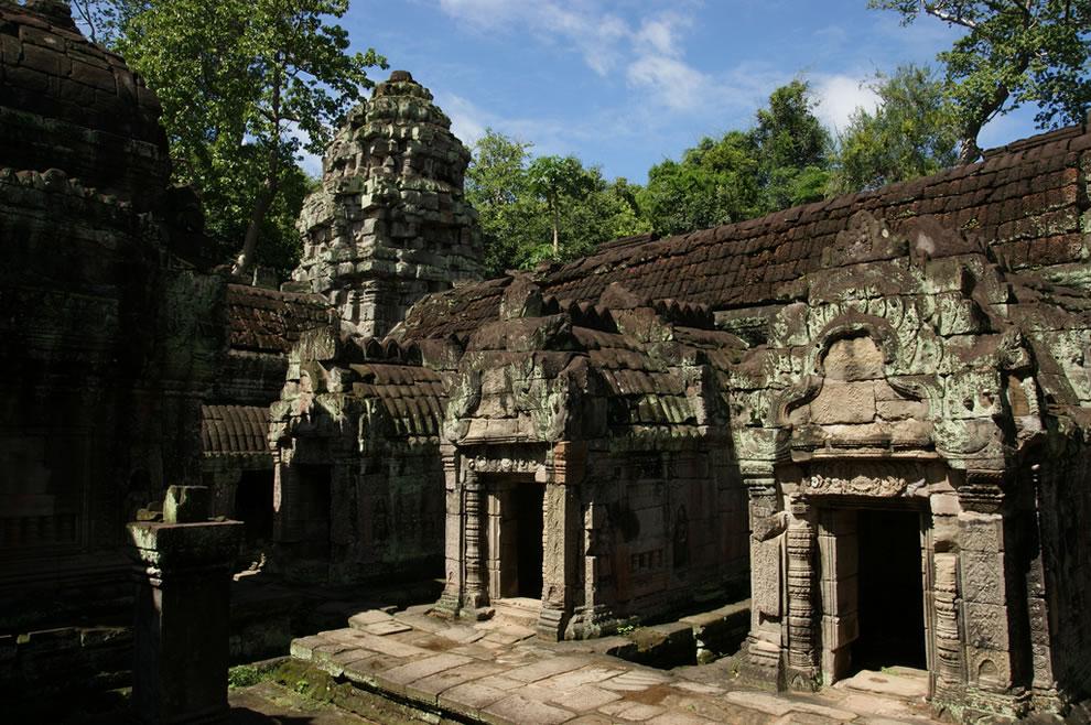 Preah Khan temple ruins