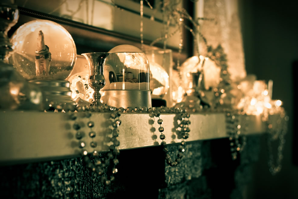 Deck the halls and the mantles, holiday snow globes