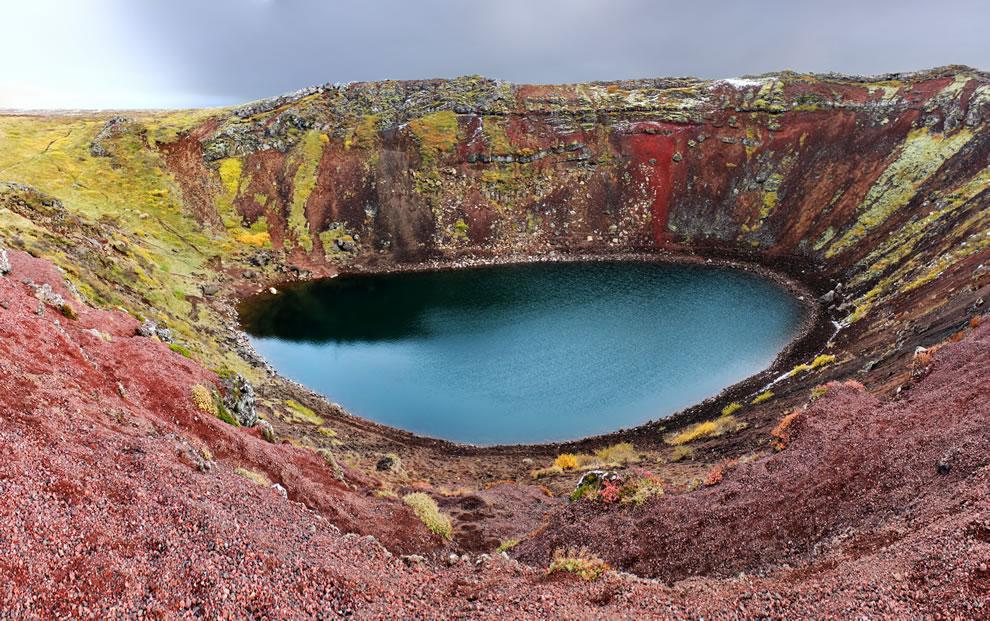 Panoramic photo of Kerið crater lake, Iceland