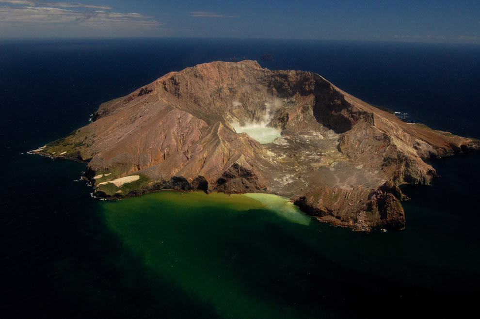 White Island Crater Lake