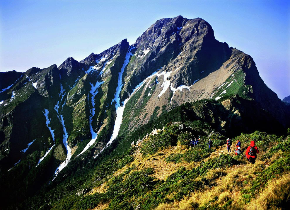 4th highest point for any island is Taiwan, Republic of China, with Yushan, also called Jade Mountain, looming up to 12,966 ft (3,952 m)