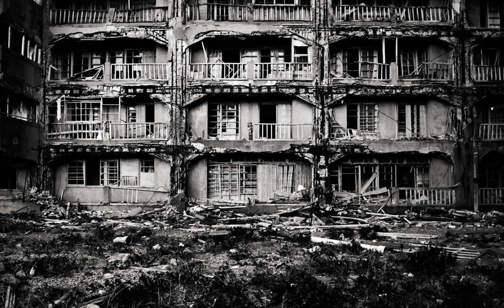 Ghost Island, aka abandoned Hashima, inspiration for hacking hideout in Skyfall