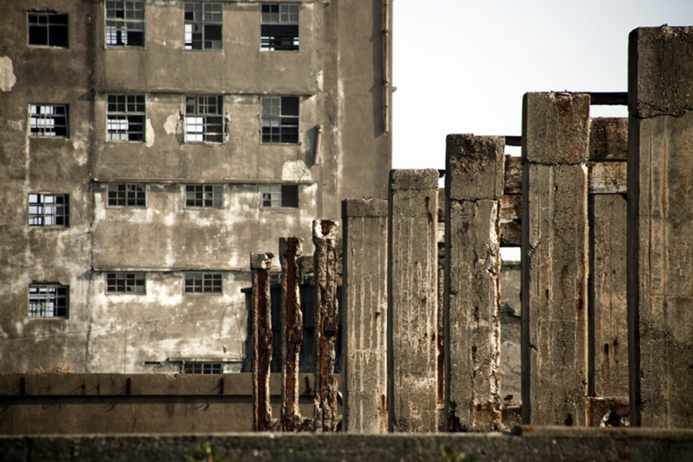 Gunkanjima Pillars, Skyfall fans looking for a taste of super-villain should visit Hashima