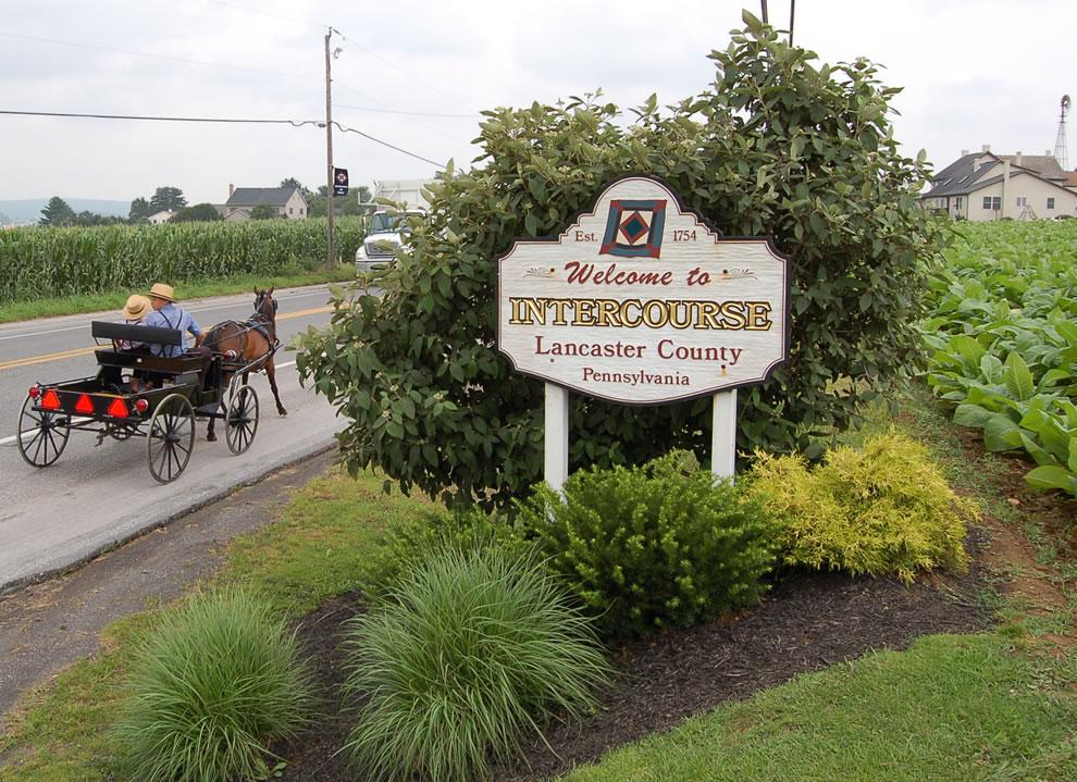 Intercourse, Pennsylvania welcome sign