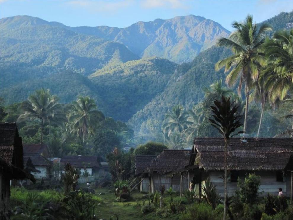 Ranked at #20 in the list of islands by height is Seram Indonesia where Mount Binaiya (Gunung Binaiya) has a 9,931 ft, or 3,027 m peak