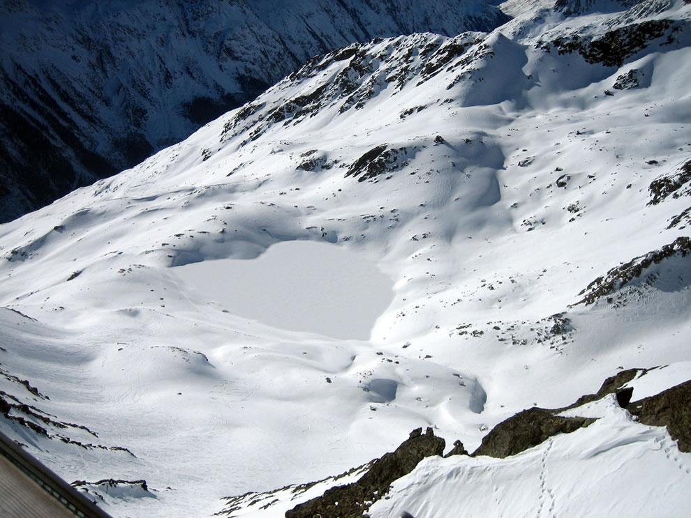 A heart-shaped lake in Austrian Alps